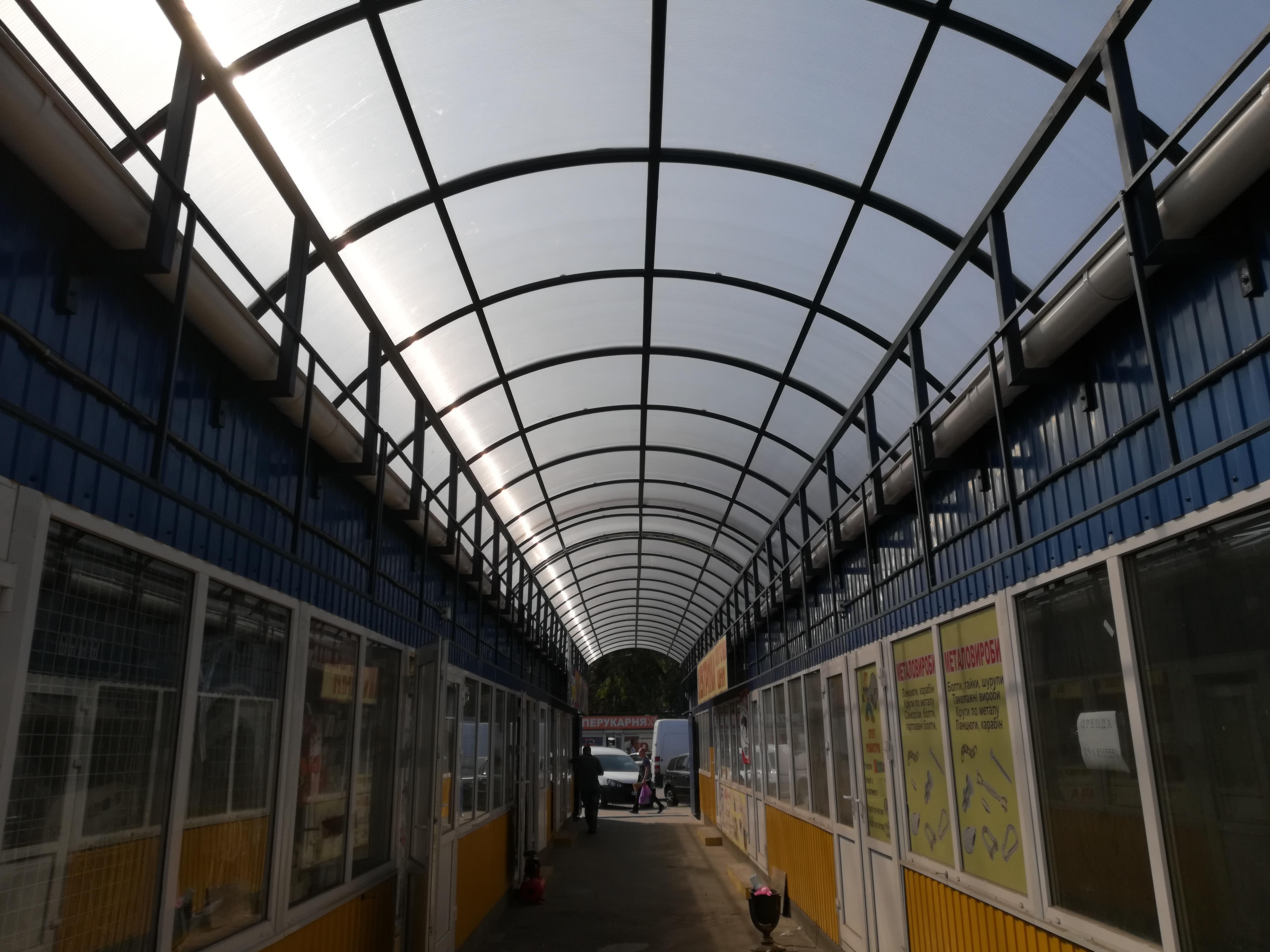 Накрытие торговых рядов Дарницкого рынка